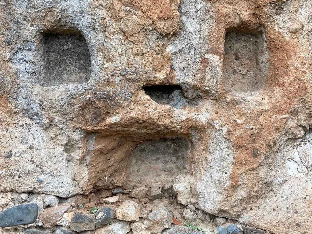 La Grotte à Perrier