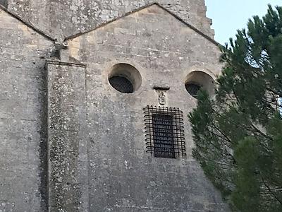 L'Abbaye de Montmajour en Arles